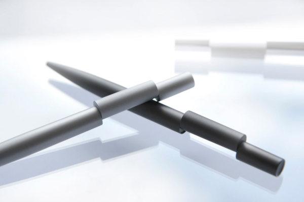 Align-Pen-Beyond-Object-1