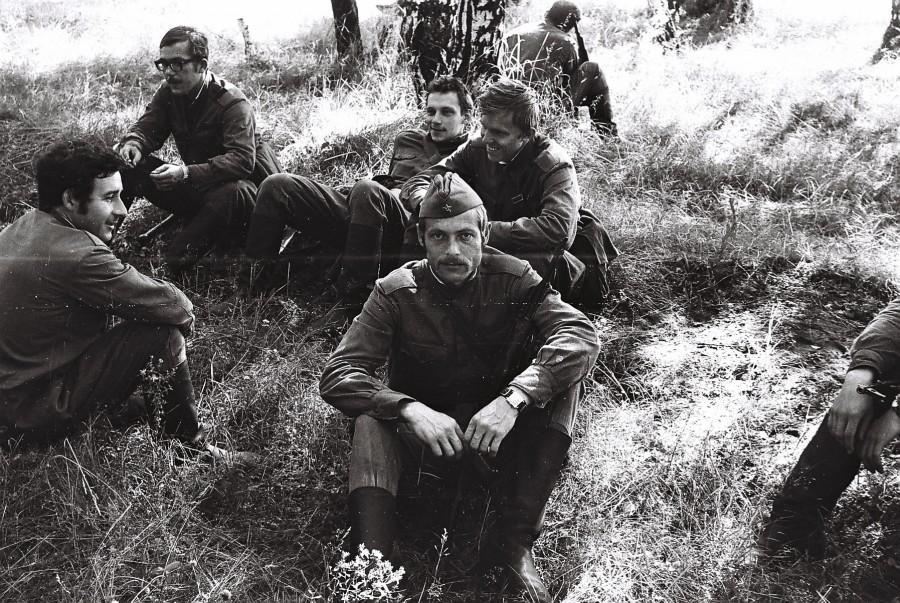 Казань 1976 Хаустов и соседи.jpg