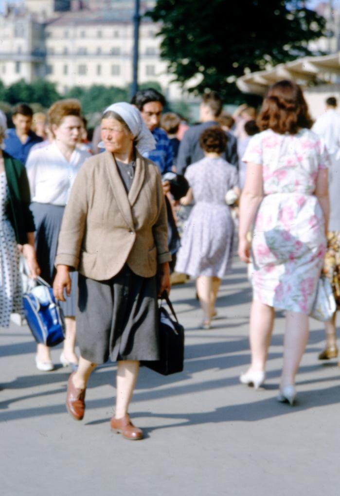 фото людей на улицах ссср какие критерии
