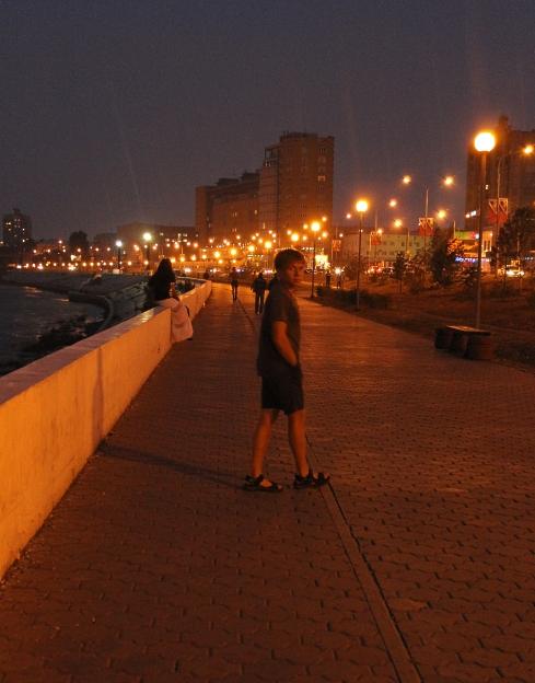 Набережная ночью 075