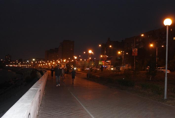 Набережная ночью 078
