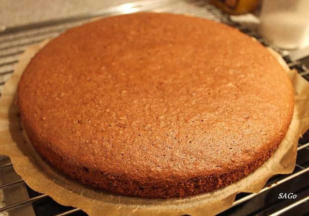 Торт Миндально-сливовый 011