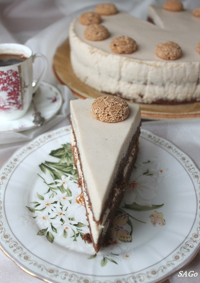 Торт Миндально-сливовый 079