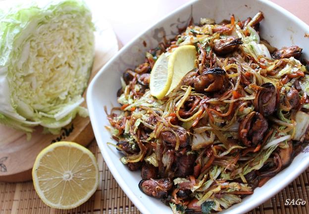 Тёплый салат с мидиями 012