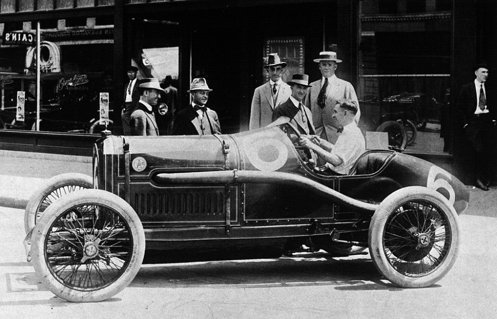 1915-bob-burman-peugeot-in-oklahoma-city-with-engine-rebuilt-by-miller
