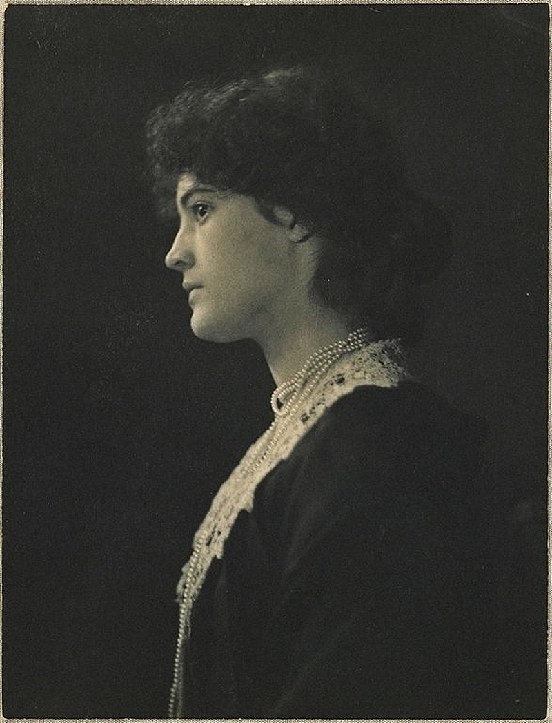 (Portrait of a Young Woman)1898