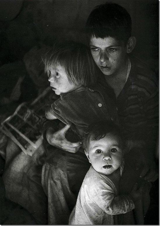 trailer_camp_children  Ansel Adams,photo,sahallin,Ансел Адамс,фото