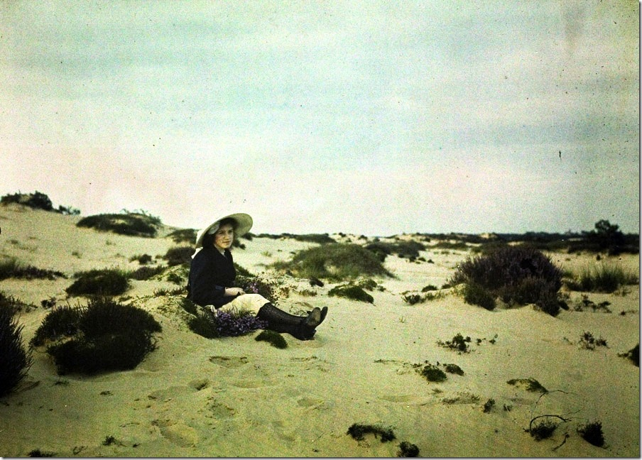 Charles Corbet, Girl in dunes - c. 1910, autochrome 9 x 12