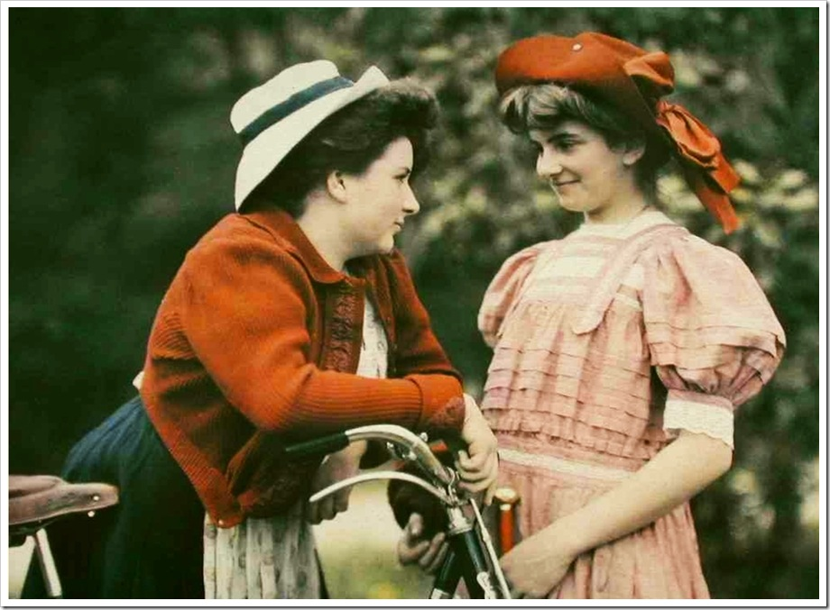 autochromes,Andrеe and Suzanne (daughters of Auguste and Louis Lumière 1909
