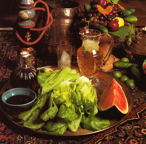 Уксусный сироп с зеленым салатом (Каху-о-Секанджебин)