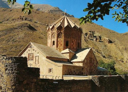 Церковь св. Стефана (Сент-Степанос)