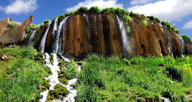 Иран, Персия, провинция Чехармехаль и Бахтиария, Водопад Ниакан