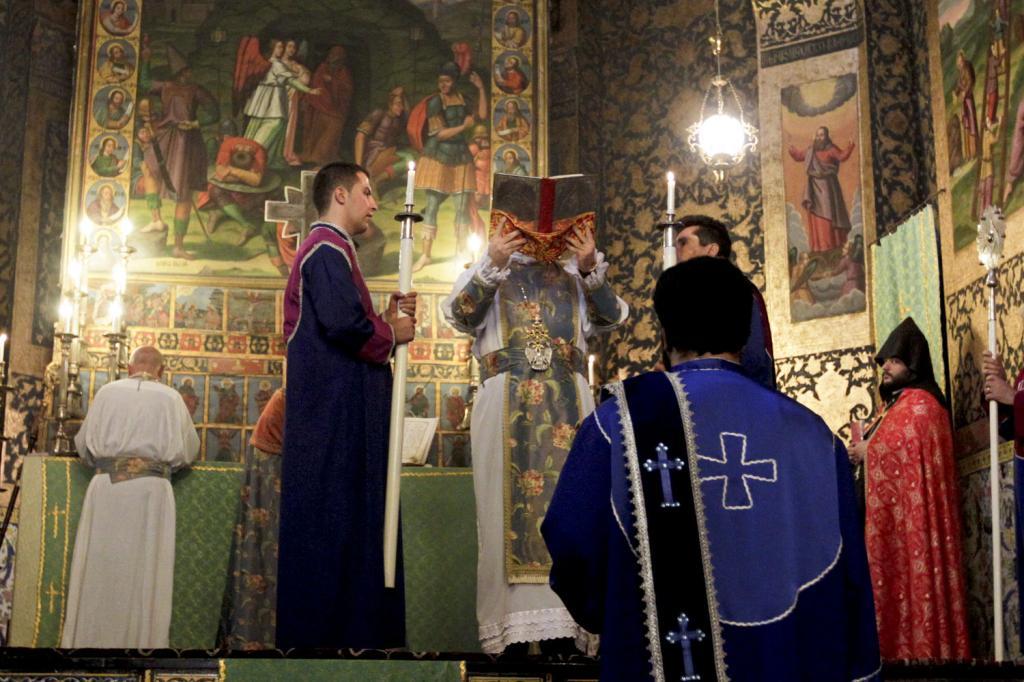 Иран, Персия, религии в Иране, религия, религиозные меньшинства, иранцы, персы, христианство, христиане, иранские христиане, церковь, храм, иранская церковь, христианство в Иране