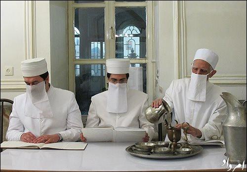 Иран, Персия, религии в Иране, религия, религиозные меньшинства, иранцы, персы, зороастризм, зороастрийцы, заратуштрийцы, Зороастр, Заратустра, иранские зороастрийцы, зороастризм в Иране, иранские заратуштрийцы, Благая Вера, Благая Вера в Иране, храмы огня, иранские храмы огня, атешкаде