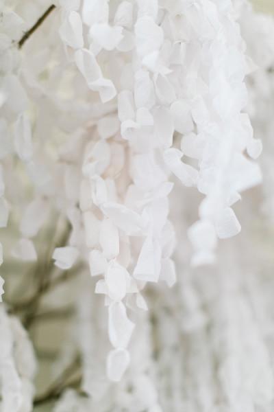 diy-paper-wisteria-backdrop-28