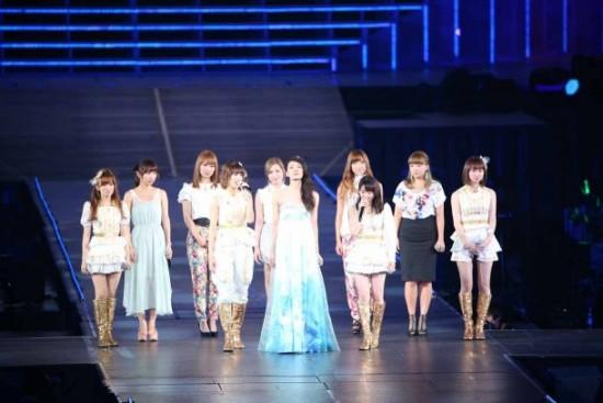 akimoto-sayaka_1377247516_20130823_akimotosayaka_graduation9