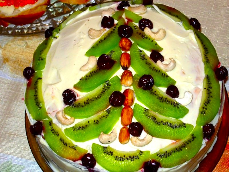 тортик с киви елкой