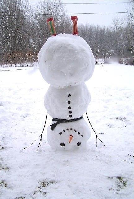 снеговик-йог