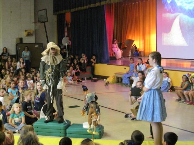 scarecrow & dorothy