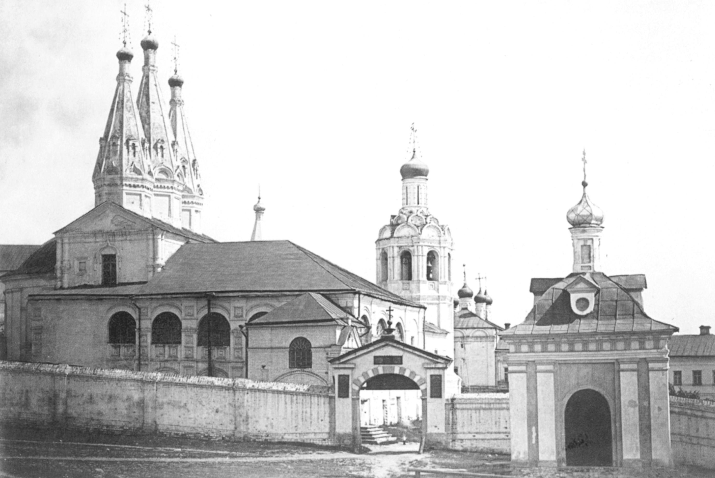 Комплекс зданий монастыря. До 1886 года.