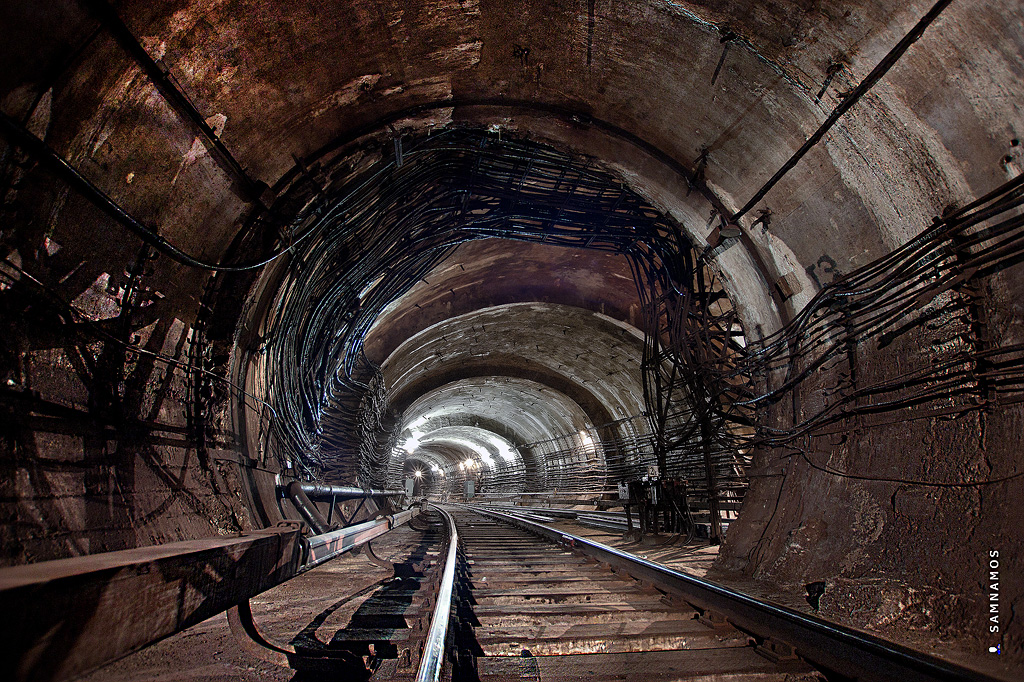 Подземка на рудниках рельсах фото