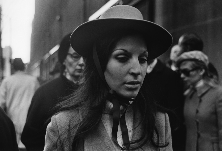 woman-with-hat-1968