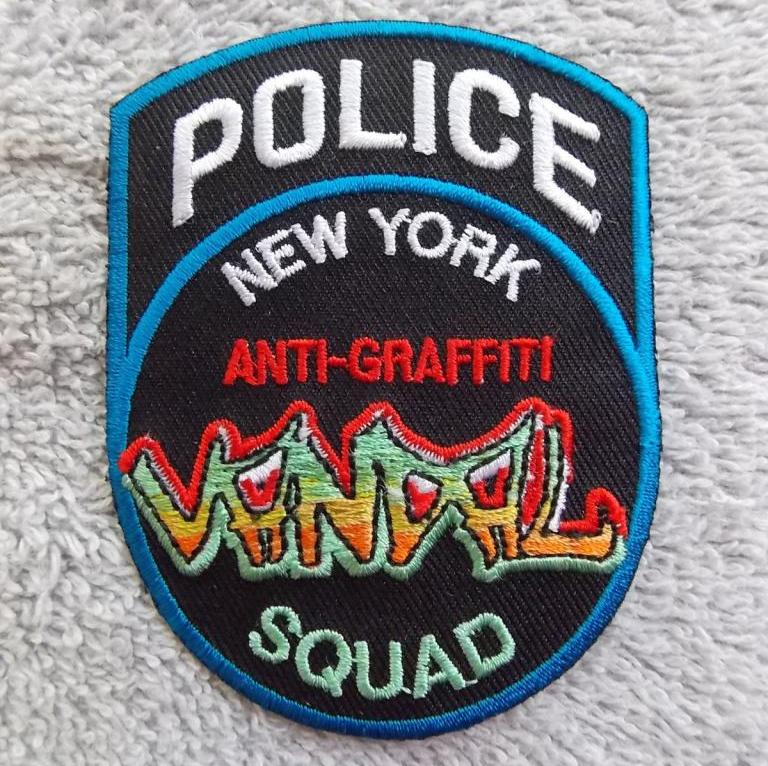 NYPD11_graffiti1