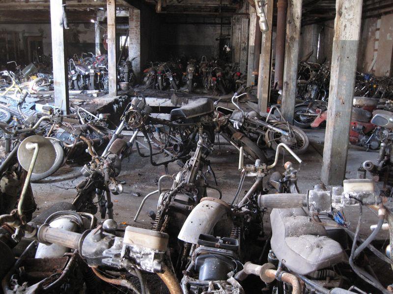 bike_graveyard8