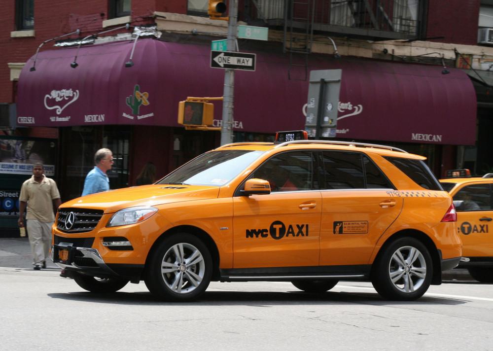 mercedes_taxi