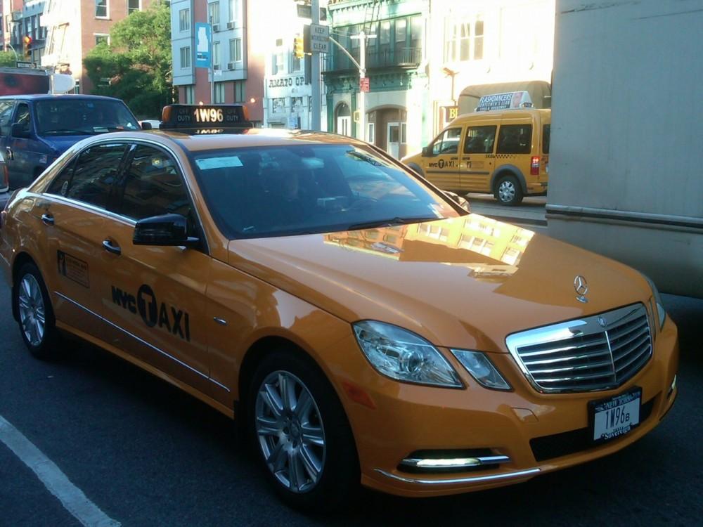 mercedes3_taxi