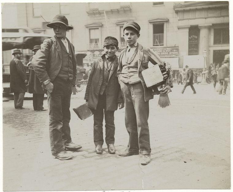 Bootblacks. (1896) 3