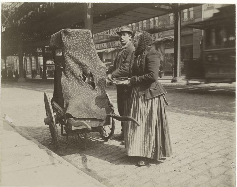 Organ grinder. (1896) 4
