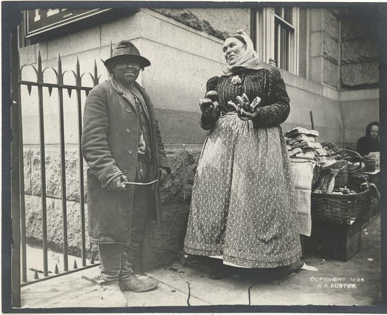 Pretzel vendor. (1896) 2