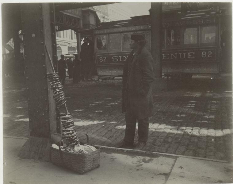 Pretzel vendor. (1896)