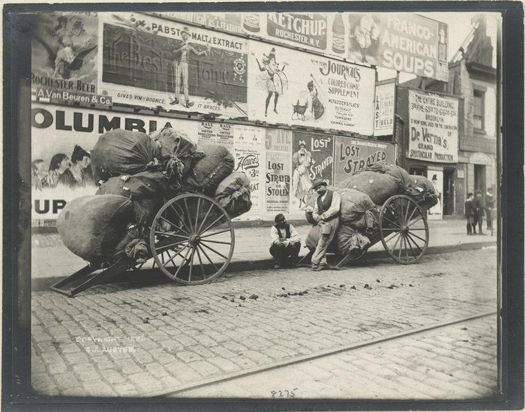 Rag cart. (1896)