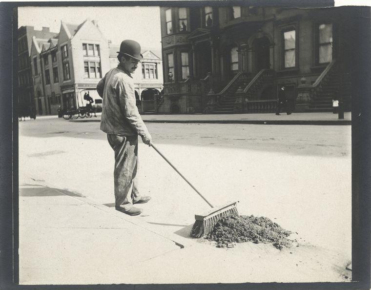 Street sweeper. (1896) 2