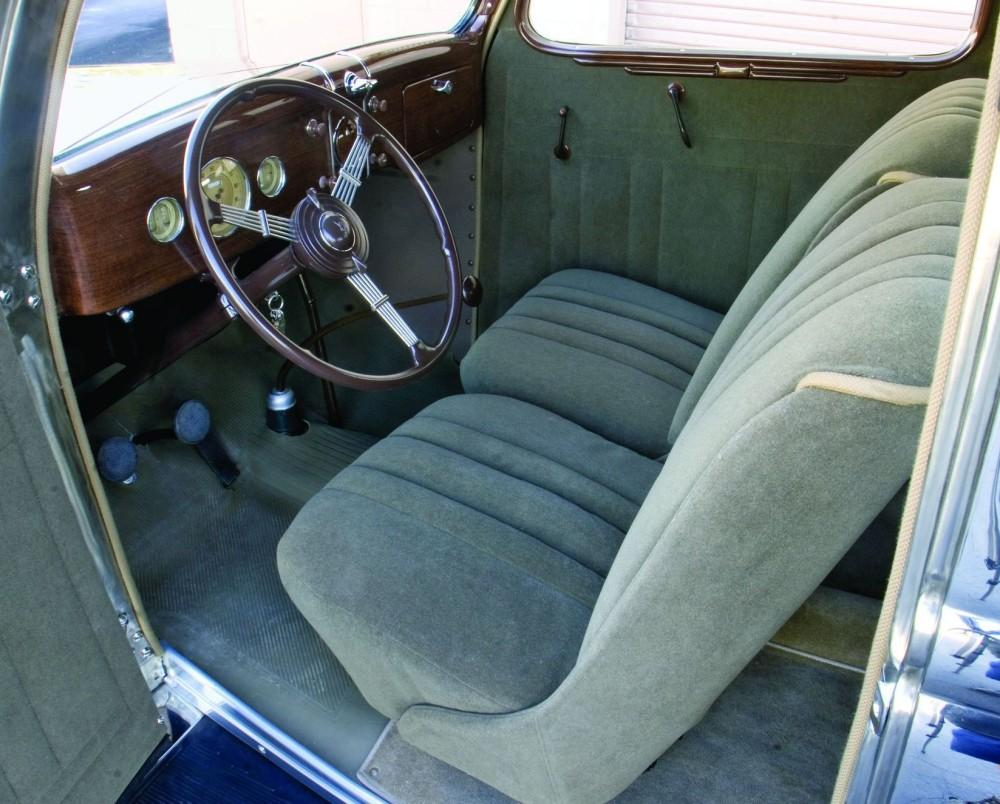 1936 Ford Tudor Deluxe sedan6