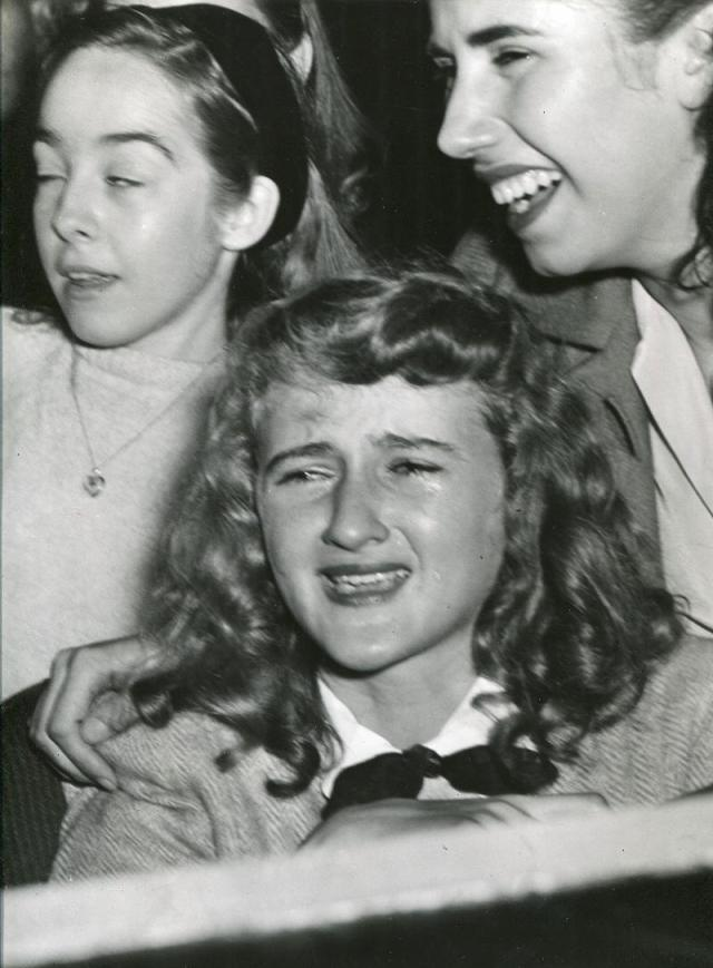 Weegee - Then She Cries, Frank Sinatra Concert, Paramount Theater, New York, November 5, 1944