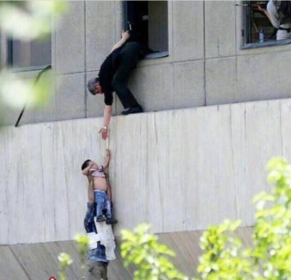 Фото-факт о сегодняшнем террористическом акте в Тегеране