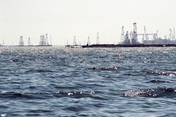 Socar-worker-dies-in-Caspian-Sea