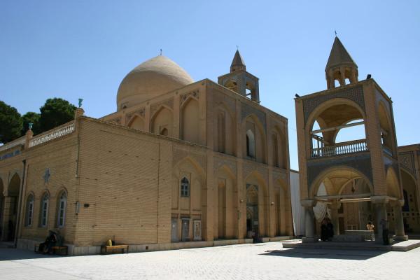 Vank_Cathedral,_Armenian_Quarter,_Esfahan,_Iran