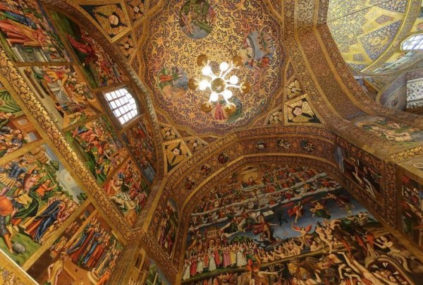 Vank_church_isfahan_2011