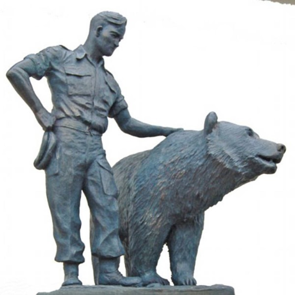 00-01e-wojtek-the-bear
