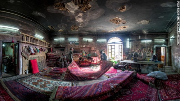 141024164819-amazing-iranian-mosque-photos-2-horizontal-gallery