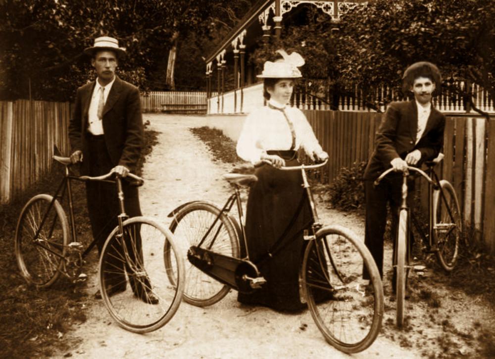 На велоциклетах