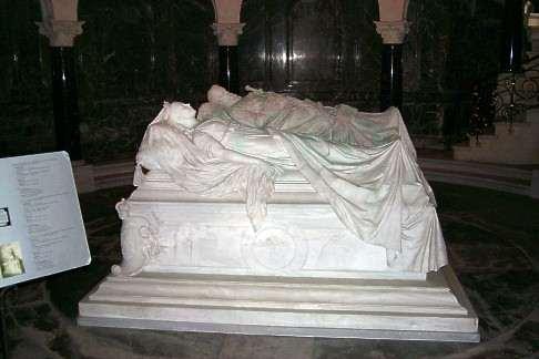02  могила Friedrich_III_und_Victoria