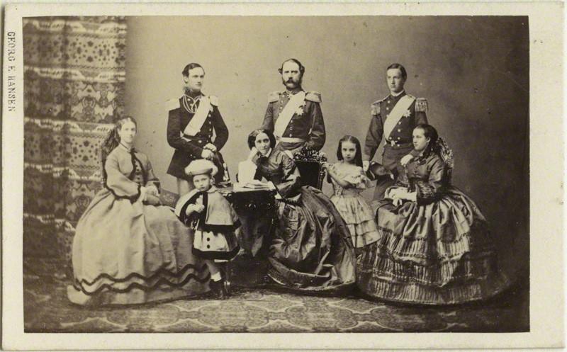 05   Кристиан, Луиза и их шестеро детей