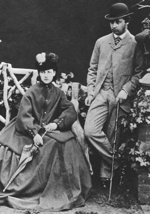 07      ncess_Alexandra_of_Denmark_and_the_Prince_of_Wales_engagement_photograph