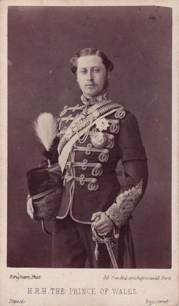 11 351px-Prince_of_Wales_Edward_(1841-1910)