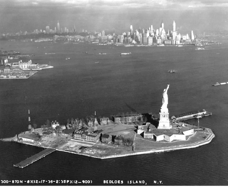 06  Нью-Йорк 1936 год статуя Свободы